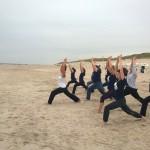 yogaaufsylt_beim Strandyoga